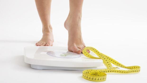 balanca-peso-obesidade-grifina