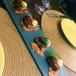 Entrada: Panceta com geleia de pimenta e pasta de alho negro