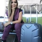 Ansiosa no aeroporto de Brasília, com meu moletom Planet Girls e tênis Ramarim! Amo confiortpo para viajar!