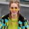 Óculos amarelos e transparentes invadem os dias ensolarados!