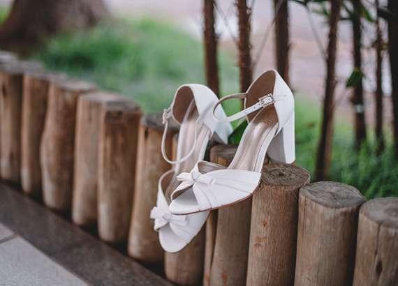 Editorial Grifina: sapatos noivas e festas by Marianna Machado 20